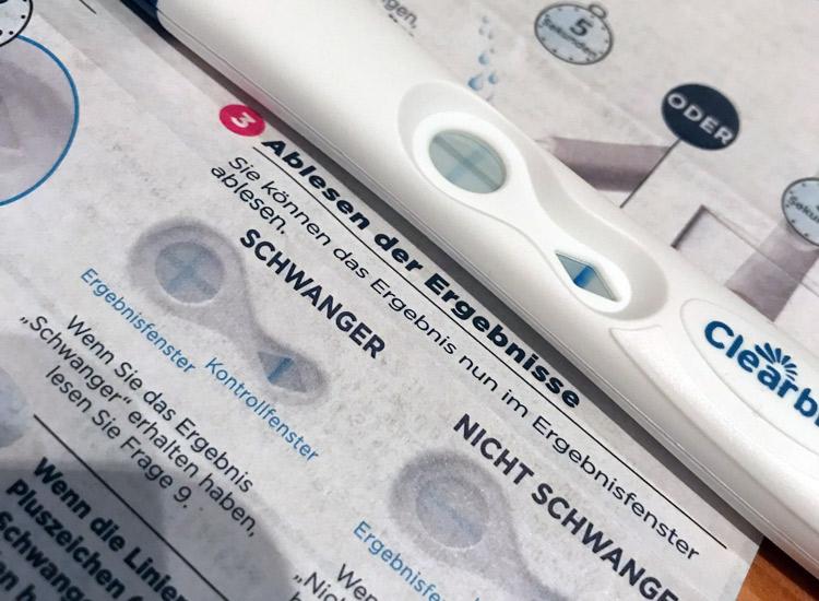 Clearblue Schwangerschaftstest-mit-dem-Plus